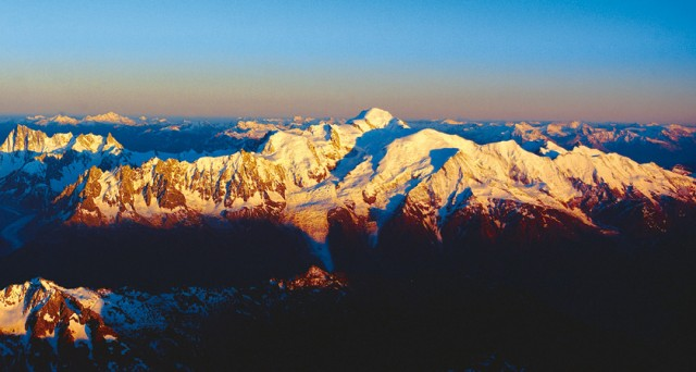 30 min. flight Mont-Blanc Massif